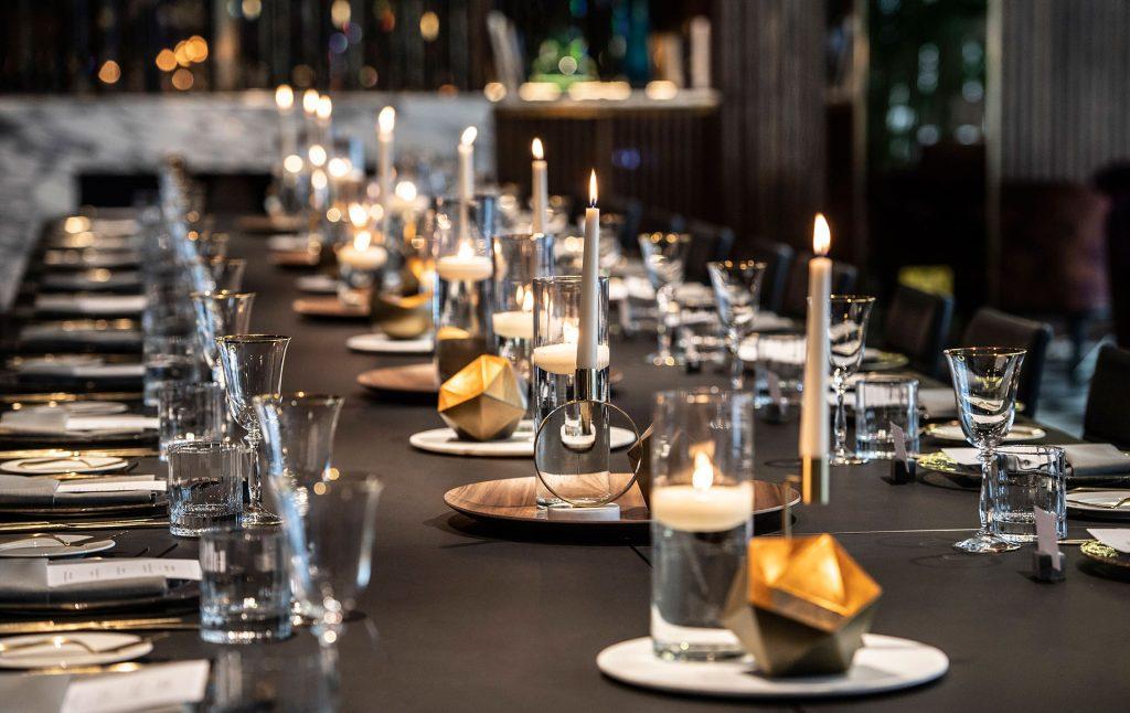 Long Gold Plate Gala Dinner